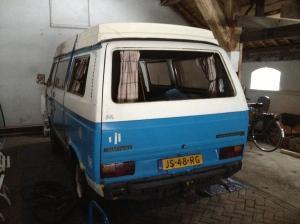 Beachbusje VW T3 - zonder raampjes.